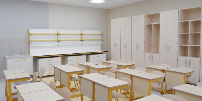 Skolas mēbeles